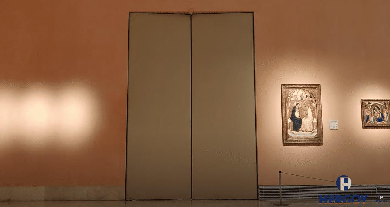 Puerta cortafuegos de grandes dimensiones - Hergoy Cerrajeros