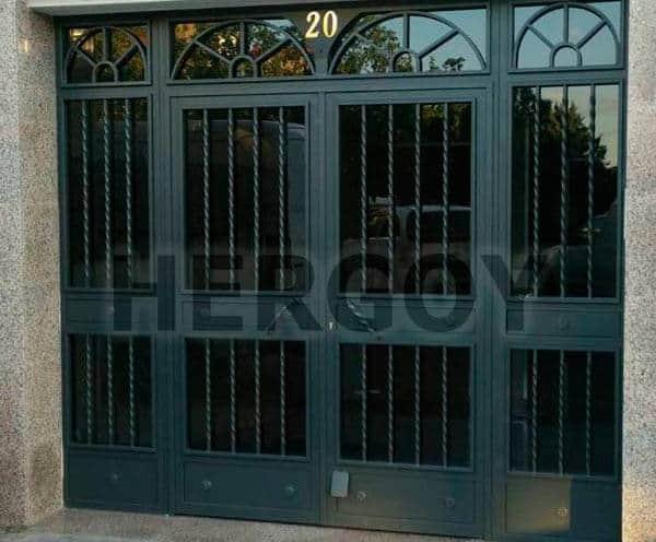 Puertas de Portales para Comunidades y Empresas - Hergoy Cerrajeros